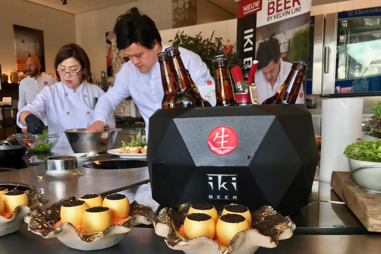 Kelvin Lin met iKi bier bij Koppert Cress